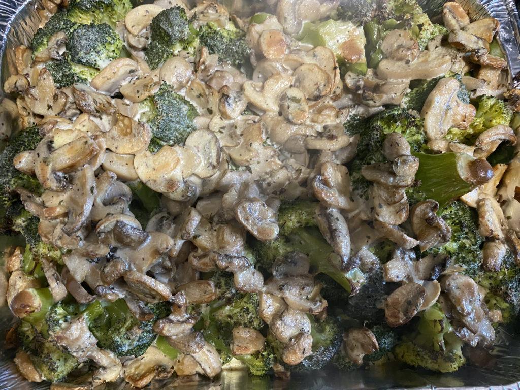 Brecol champiñones gratinados